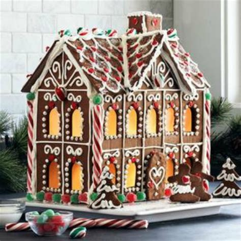diy gingerbread house diy gingerbread house inspiration