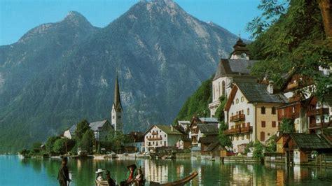 hallstatt austria tourist widescreen high definition