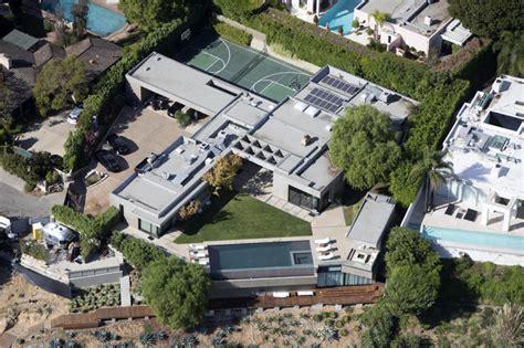 leonardo dicaprio s house leonardo dicaprio oscar worthy hollywood hypocrisy
