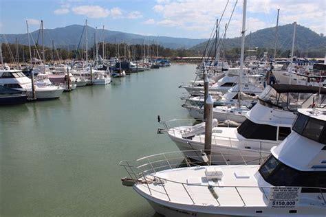 Yorkeys Knob Yacht Club by Yorkey S Knob Boat Club Yorkeys Knob Restaurant Reviews