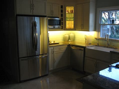 under counter lighting kitchen kitchen under cabinet lighting screwfix kitchen cabinet