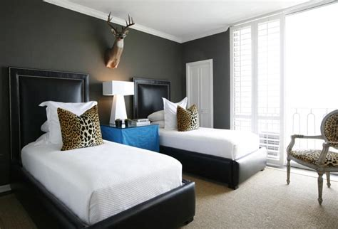 bedroom prints master bedroom animal print in 33 chic and modern bedroom designs rilane
