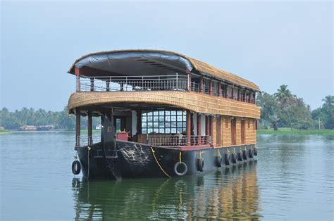 boat house rent in kerala kerala houseboats rentals in alleppey kumarakom