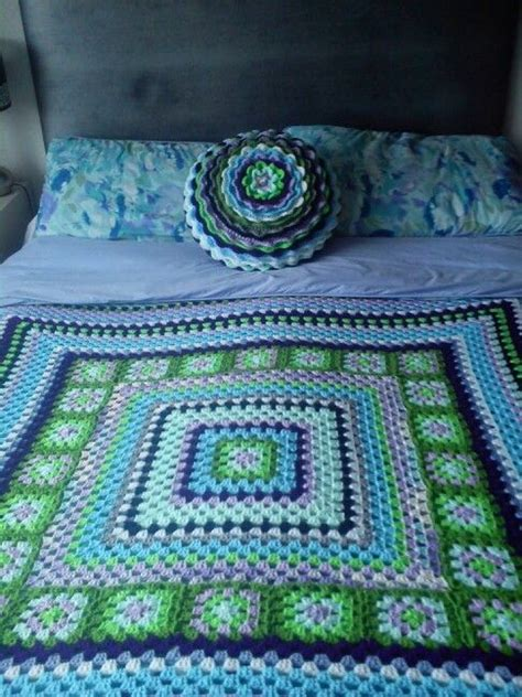 crochet giant granny squarerectangle afghans