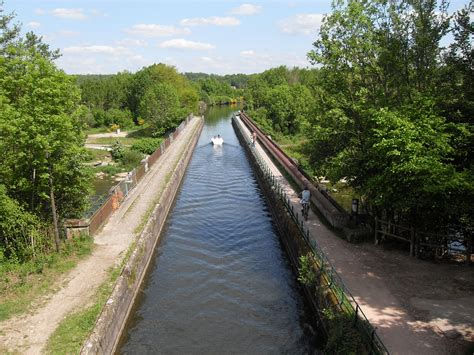 boat definition in hindi canal irrigation system in india merits and demerits
