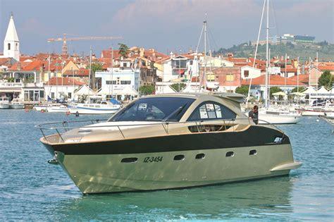 motorjacht verbrauch prinz 54 coupe mieten izola adria yacht charter