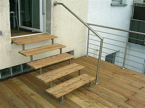 Balkongeländer Mit Treppe by Balkongel 228 Nder Und Treppe Mit Handlauf Steelvoll