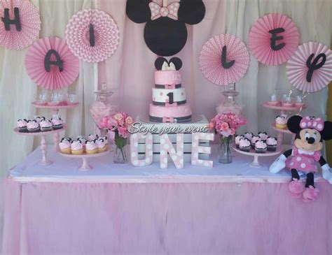 minnie mouse card table minnie mouse birthday quot minnie mouse dessert table