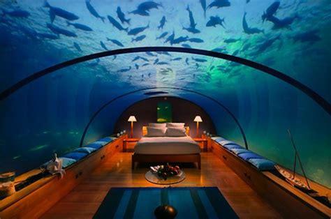 Amazing Underwater Hotel Suite   TechEBlog