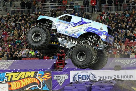 what monster trucks are at monster jam 2014 ta florida monster jam january 18 2014 hooked