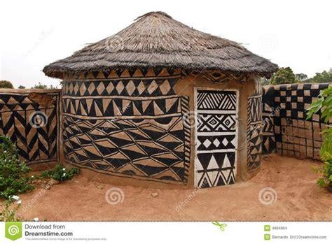 hutte africaine interieur adobe hut design africain adobe