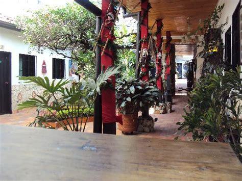 decorar el patio en navidad foto de hotel victoria san gil patio entrada 225 rbol de