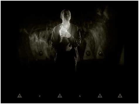black mirror arcade fire arcade fire music video black mirror rorrim kcalb