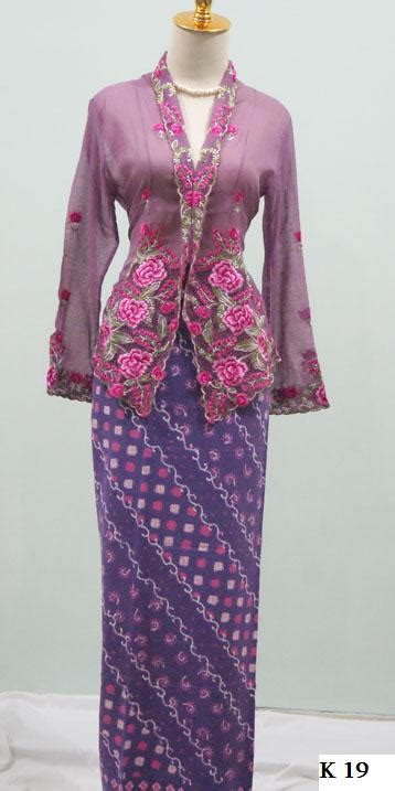 Kain Sarung Kebaya Preloved lynn salim fashion kain sarung kebaya kain bawahan k ada pelbagai corak dan warna sangat