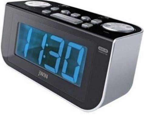 jwin jl350 digital dual alarm clock integrated am fm radio to radio or buzzer fall