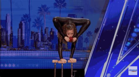 sofie dossi camel america s got talent sofie dossi is a contortionist