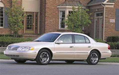 used 2002 lincoln continental sedan pricing for sale edmunds