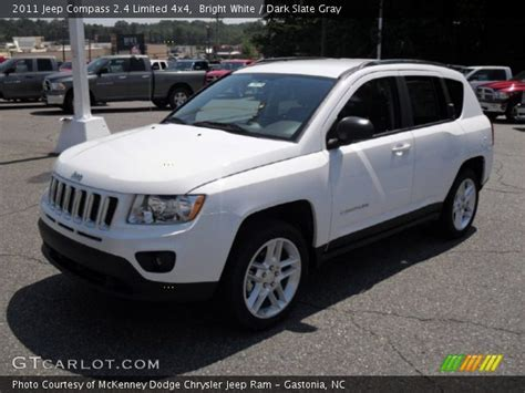 Jeep Compass 2011 White Bright White 2011 Jeep Compass 2 4 Limited 4x4