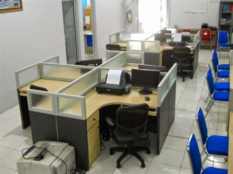 desain interior meja kantor desain meja sekat modern meja kantor semarang
