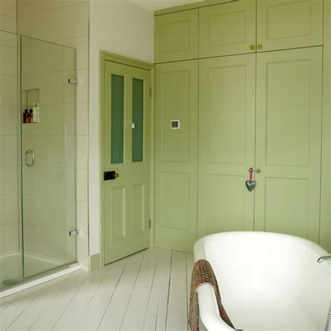 green and white bathroom ideas apple green country bathroom country decorating ideas