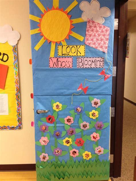 decorar de english spring classroom door teaching ideas pinterest