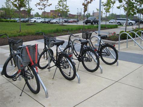 how to load bikes on bike rack bike racks on the brain wheelhouse detroit