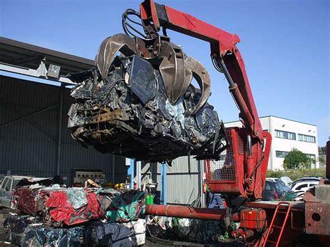 costo demolizione auto demolizione auto costo pratiche e info utili