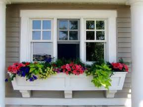 Front Windows Decorating Best 25 Window Boxes Ideas On Outdoor Flower Boxes Flower Boxes And Window Box Flowers