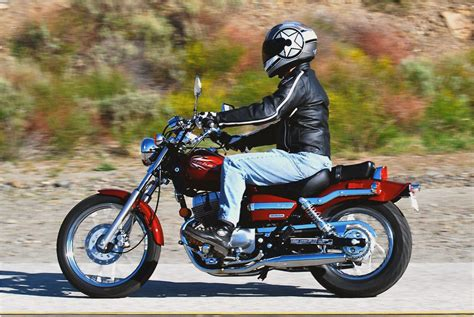 Motorrad Honda 250 Ccm by Honda Rebel 250cc Motorcycle Review Yahoo Voices