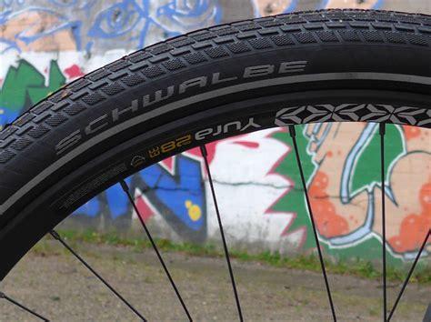 breite felge schmaler reifen fahrrad test ryde yura breite felgen f 252 rs trekkingrad