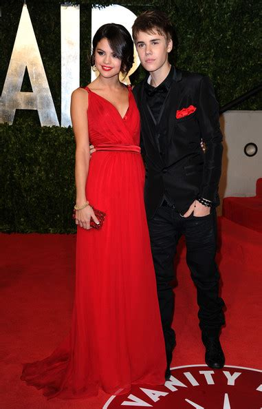 Justin Bieber And Selena Gomez Vanity Fair by Selena Gomez Justin Bieber Photos 2011 Vanity Fair Oscar