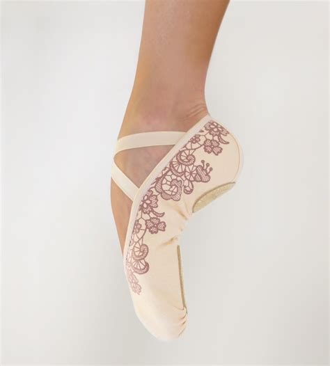 pictures of micro lacing micro lace ballet slippers grishko