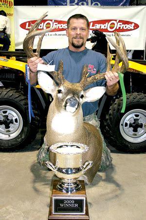 classic bucks big buck classic trophy of a lifetime