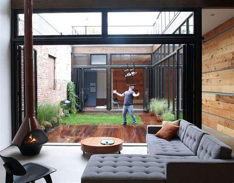3 Great Indoor Vertical Garden Examples Lushe Garden Pinterest Gardens Plants And » Home Design 2017