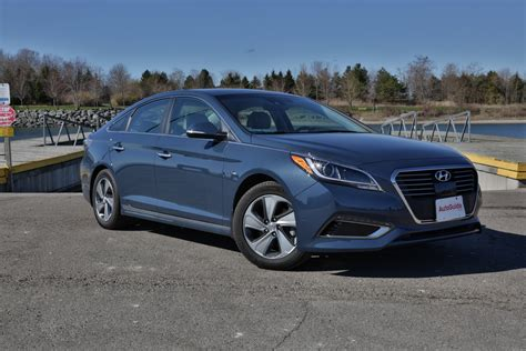 2016 Sonata Review by 2016 Hyundai Sonata In Hybrid Review Autoguide News