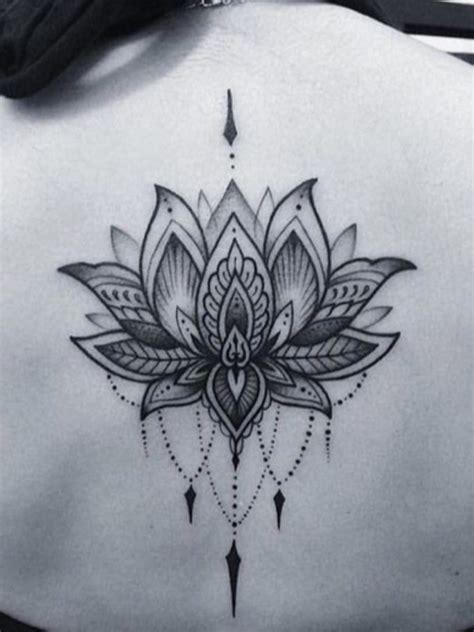 tattoo mandala dos tatouage mandala homme femme mod 232 les tatouages mandala