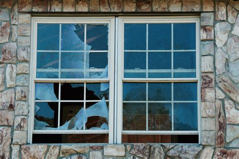 house window glass repair replace broken house window expert window installation glass replacement everett