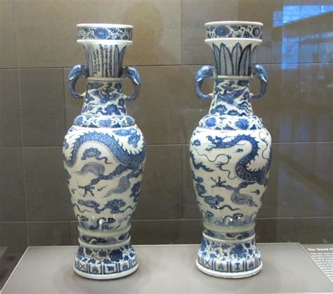 Vases Facts by File The David Vases 1351 Jpg Wikimedia Commons