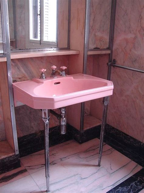 pink bathroom sink 25 best ideas about pink bathroom vintage on pinterest