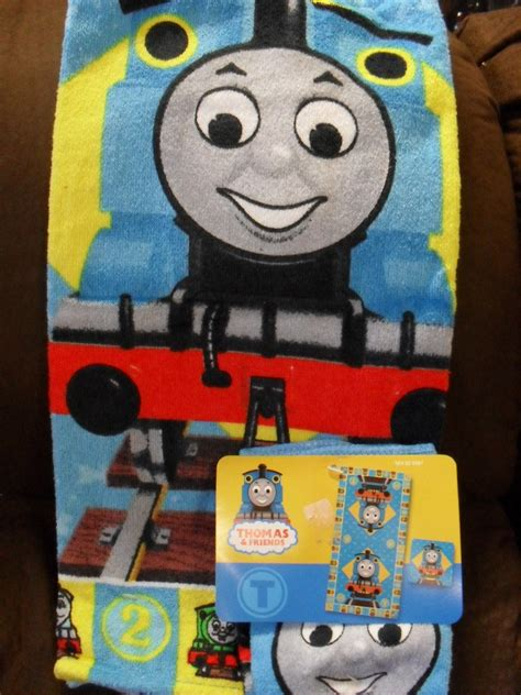thomas the train bathroom set thomas the tank friends train bath towel set