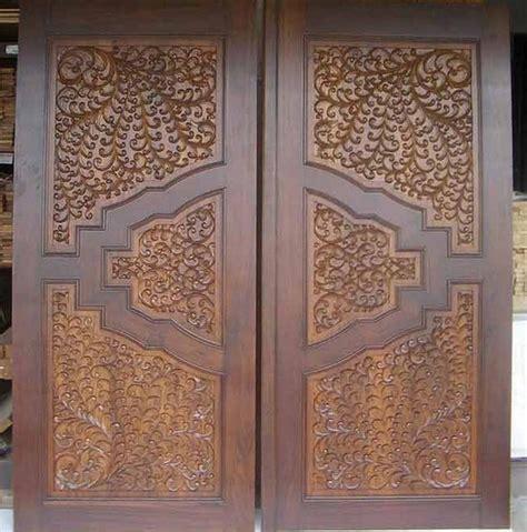 Carved Interior Doors Carved Wooden Doors Design Inspiration Interior Home Decor