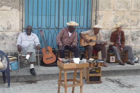 cuba turisti per caso musici cubani viaggi vacanze e turismo turisti per caso
