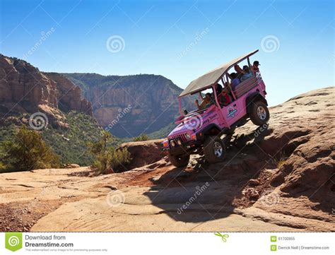 Sedona Jeep Trails A Pink Jeep Tour Descends Broken Arrow Trail Editorial