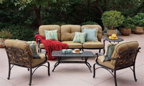 best outdoor furniture 3 tips for buying the best outdoor furniture for your patio