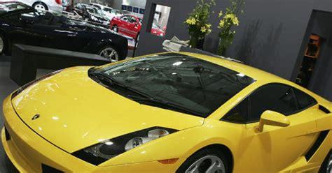 Lamborghini Dealership San Francisco Daring Thief Steals Chef Fieri S 200 000
