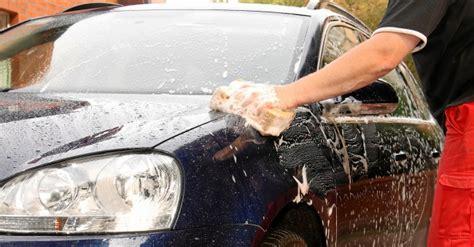 auto sauber machen innen auto sauber machen generalreinigung f 252 rs fahrzeug auto