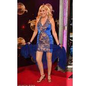 Tight And Bright Jennifer Gibneys Blue Gown Was A Few Inches High Of