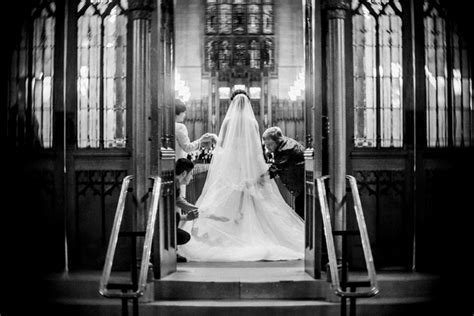Black And White Wedding Photography by A Carolina Wedding That Marries Duke And Unc