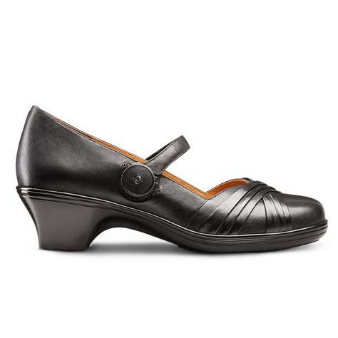 Sandal Wanita Wedges Clasik Sandal Pesta Casual Formal Coklat Gs dr comfort cindee classic heel comfort heel dress casual diabetic therapeutic and