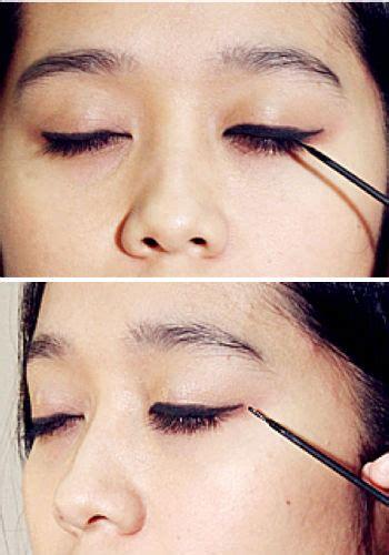 tutorial memakai alis dan eyeliner gudangnya tips tips simple tips memakai eyeliner cair